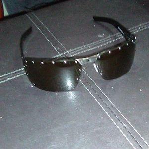 Authentic Gucci unisex sunglasses